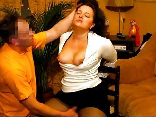 熱順從的妻子得到的臉上她的俄羅斯的業餘