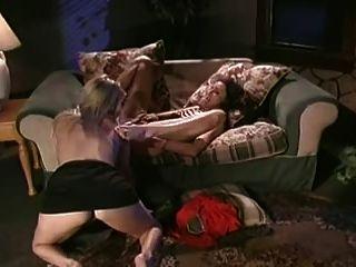 兩個熱女同志互相吃飯