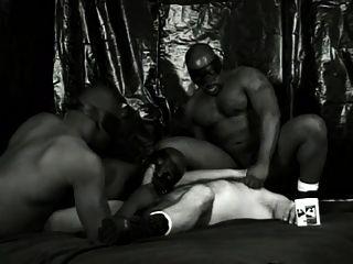 黑色白色和更熱的場景2