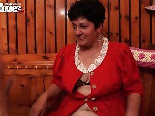 有趣的電影飢渴的奶奶女同性戀