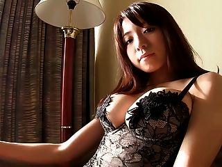 日本女孩黑色絲襪