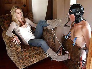 女性的腳跟cbt屈辱由性感dom