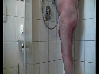 熱爸爸淋浴時間