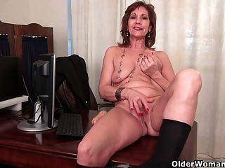 女商人在褲襪手淫