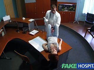 fakehospital小紅發的性技能使醫生兼