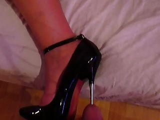 高跟鞋插入