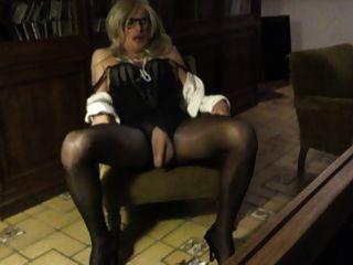 cd tv trav ts sissy pantyhose蕩婦玩我的陰蒂和山雀