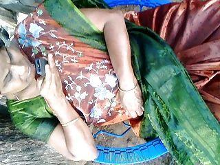 緞絲綢莎莉阿姨