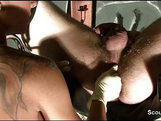 fetisch從18yr德國女孩與蠟和prostata按摩