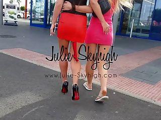 4個性感的女孩展示如何在高跟鞋第一次