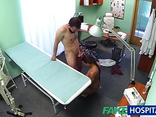 fakehospital布朗穿緊身適合護士裝備