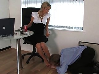 懲罰的老闆