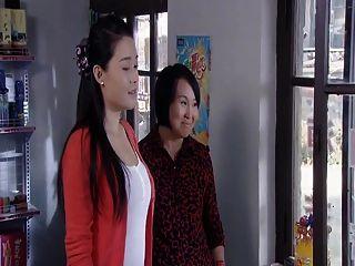 中國美女明星性感乳房