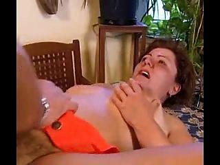 甜灌木bbw奶奶把它在屁股
