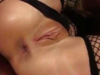 金髮美女milf巨大的假陽具肛門