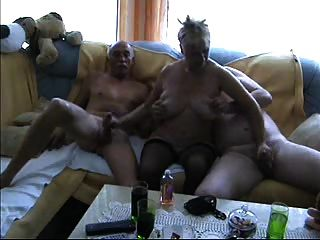 雙性戀三人組