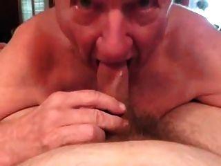 白頭髮的爺爺完全bj與嘴清潔