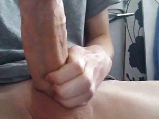 18歲男孩與巨大的胖公雞(21厘米)