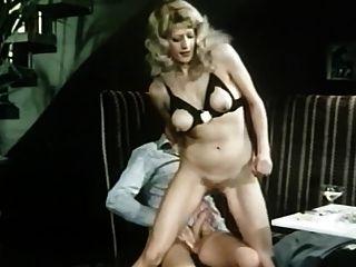 擁擠的咖啡館(1978)短德國色情電影