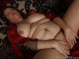 美麗的大肚子&胸部成熟bbw他媽的她濕的陰部