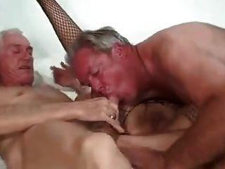 bisex成熟夫婦和朋友1