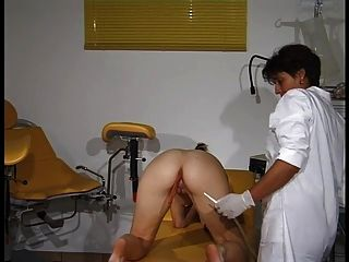 肛門婦科檢查和灌腸rektale untersuchung和einlauf 2