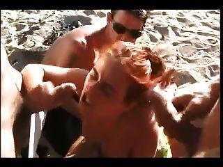裸體海灘熱紅頭髮dp鋼棒cim面部
