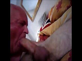 facefuck爺爺和長雞巴男孩