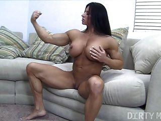 angela salvagno和她的大陰蒂