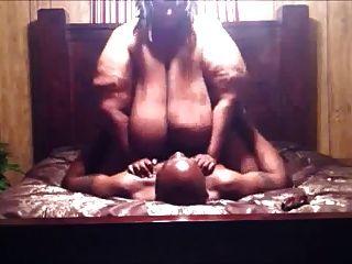 非常胖黑人女人性交