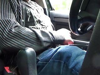 挪威爸爸猛拉在汽車2015年