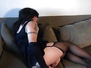 sissy在貞操他媽的她的屁股樣本