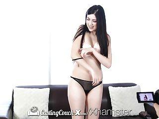 castcouch x性感米蘭達米勒在相機上有性