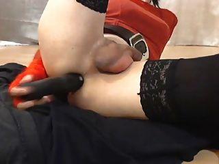 紅色手套的肛門假陽具冰淇凌