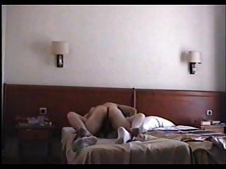 在酒店parte 1 moglie zoccola scopata
