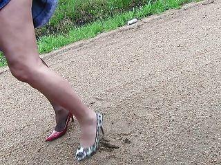 塑造我的鞋子和腿