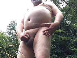 手淫在森林第2部分