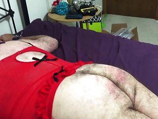 sissy大衛被他的情婦打屁股