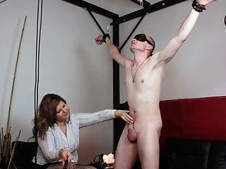 女主人盧梭和cbt懲罰為她的奴隸