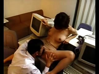 nao oikawa性感的日本老師