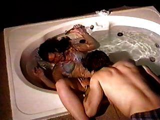 浴缸水下性