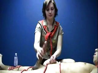 女童军得到她的handjob补丁wf