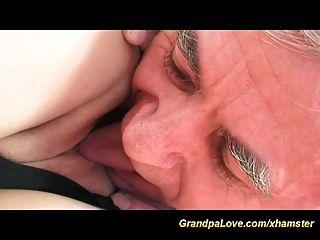 有爱的爷爷