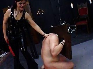 dominatrix,sissy训练