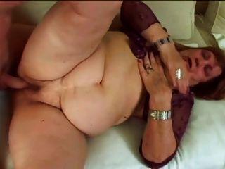 bbw奶奶多米尼加与大屁股和山雀