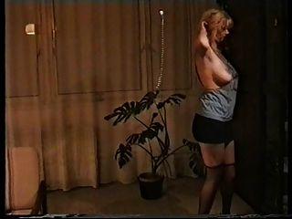 我爱我的裸体妻子
