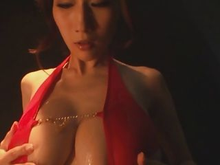 julia大丰收日本jav pornstar油性泳衣逗逗
