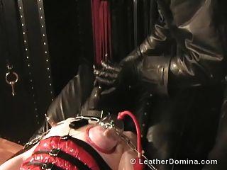 皮革多米诺皮革绑扎乳头折磨