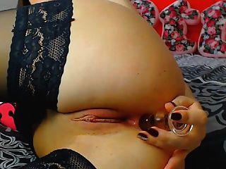 角质深色的荡妇ut s她阴湿的阴道与性高潮