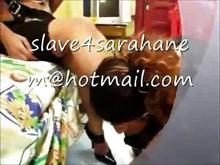 与奴隶女孩的埃及女主人